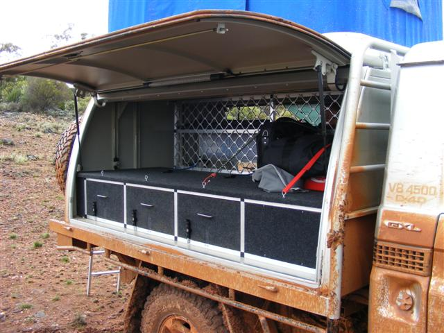 Reply By Member - John H (WA) - Monday Jun 08 2009 at 1601 & Sleeper canopy for single cab ute set-up @ ExplorOz Forum