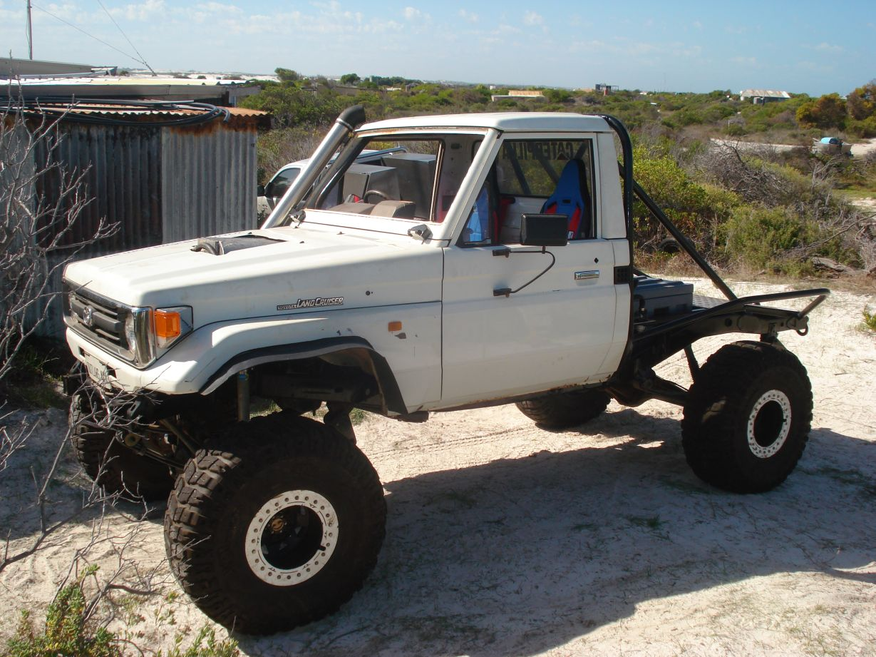 favorite 70 series - Pirate4x4 Com : 4x4 and Off-Road Forum